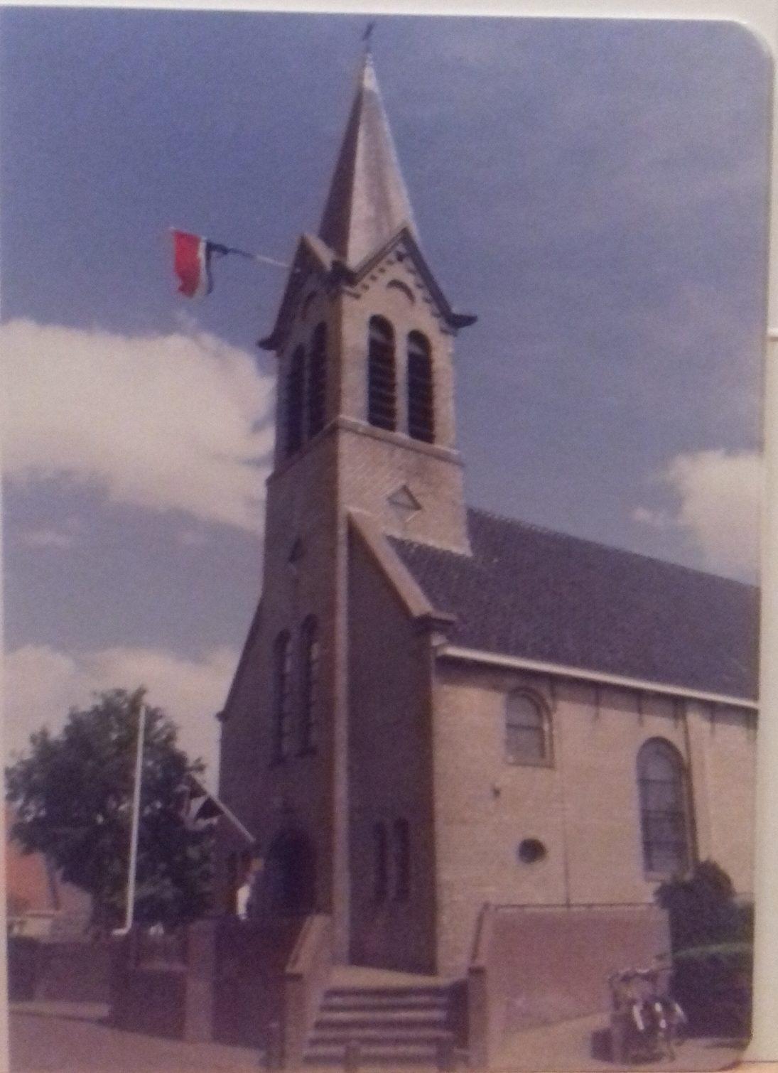 Kaart 5 : Kerktoren met vlag