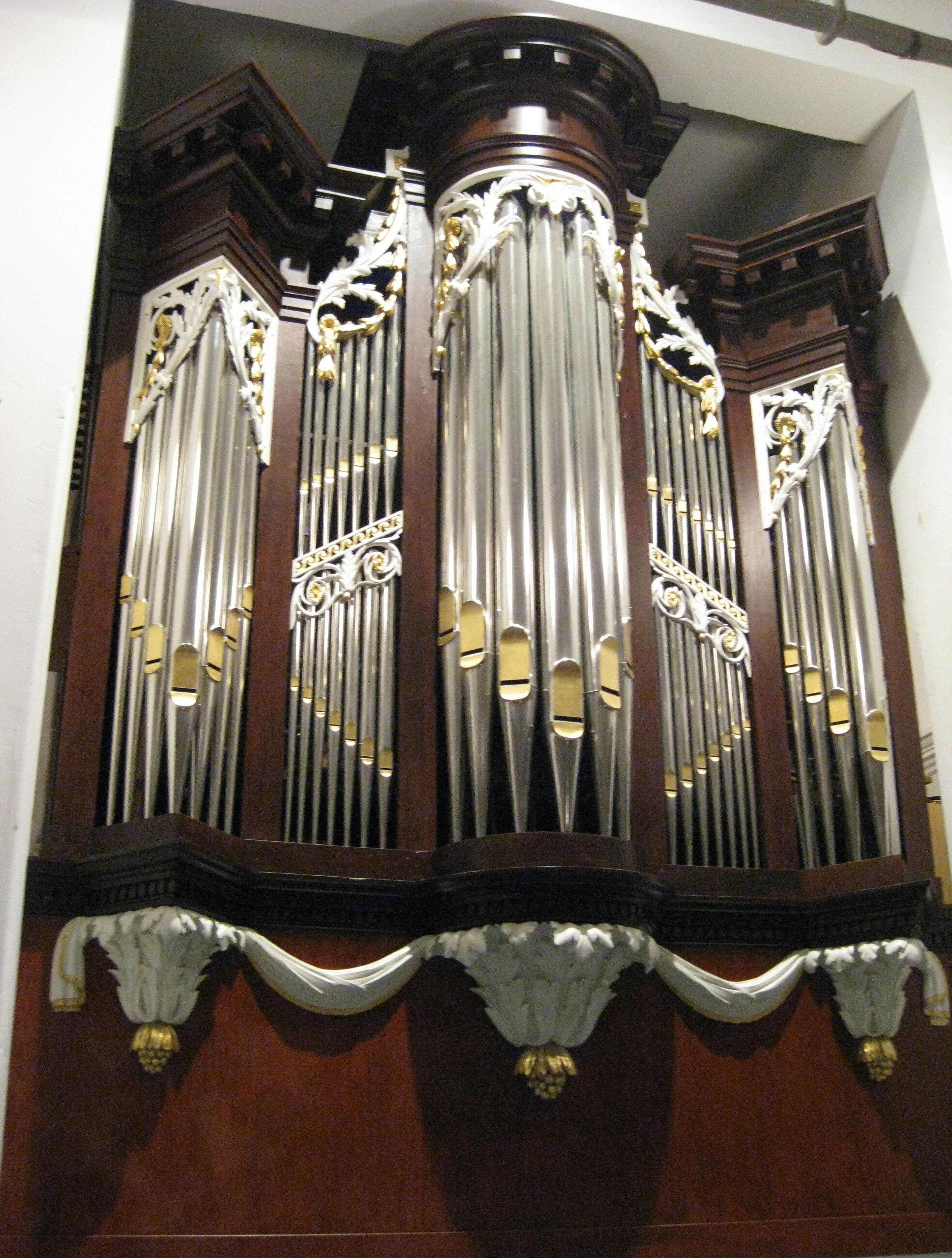 orgel foto nov 2011 na restauratie